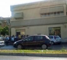 SIRACUSA  TIPO TERZO MONDO PER LE POSTE DI VIALE SANTA PANAGIA
