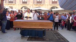 Il funerale di Izdihad officiato secondo rito islamico dall'Imam di Catania