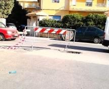 Siracusa- Segnalazione di pericolo stradale (in via Forlanini) diventa …pericolosa.
