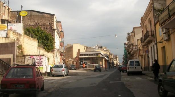 Francofonte – Il M5S lancia l'allarme sicurezza: Troppi furti nelle campagne e in città. Si richiede un Consiglio comunale sull'argomento.