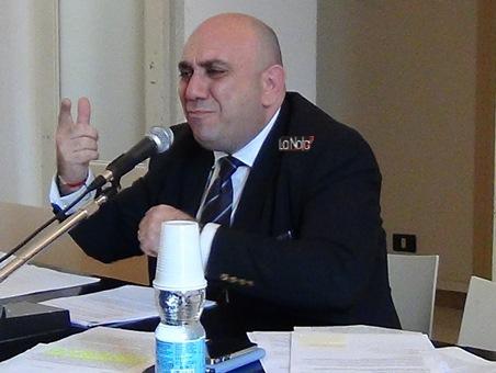 Siracusa- Sullo tsunami giudiziario in corso il sindaco annuncia querele (per calunnia) a Princiotta e Zappulla.