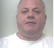 Siracusa: Carabinieri arrestano 2 topi d'appartamento in flagranza. Francofonte: Aveva rapinato la banca Agricola con un taglierino ed è stato arrestato.