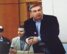 Siracusa – Il presidente del Consiglio comunale Armaro si scusa per il comportamento adottato con Salvo Sorbello. Approvato il Paes.