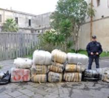Augusta: Continuano le indagini sui 4 quintali di maijuana(spiaggiati a Brucoli) sequestrati dai poliziotti del Commissariato di PS.