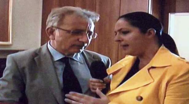 """Siracusa – Crocetta vuole portare in tribunale Vinciullo che lo ha definito """"un pezzo di…"""" parlando con l'inviata di Striscia."""