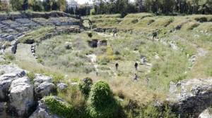 L'Anfiteatro romano prima della scerbatura