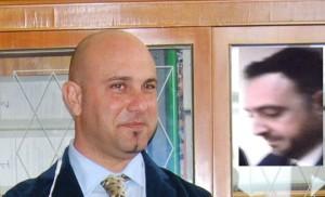 L''ex assessore Dario Abela e nel riquadro il consigliere Dario Tota