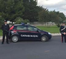 Palazzolo Acreide: Minaccia sorella e madre e i carabinieri lo arrestano. Augusta: 2 denunciati e 5 segnalati