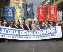 Siracusa – Il M5S protesta (moderatamente) per il nuovo bando sul Servizio Idrico Integrato. Il pensiero dell'on. Zito rivela solite contraddizioni.