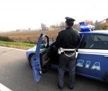 Siracusa: Poliziotti arrestano tre topi d'appartamento e denuncia tre siracusani