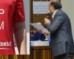 """Augusta- """"Keep calm or ti scippu a testa"""", la maglietta-provocazione di Schermi per finanziare Diem25 surriscalda il clima del nuovo consiglio convocato il 27 aprile"""