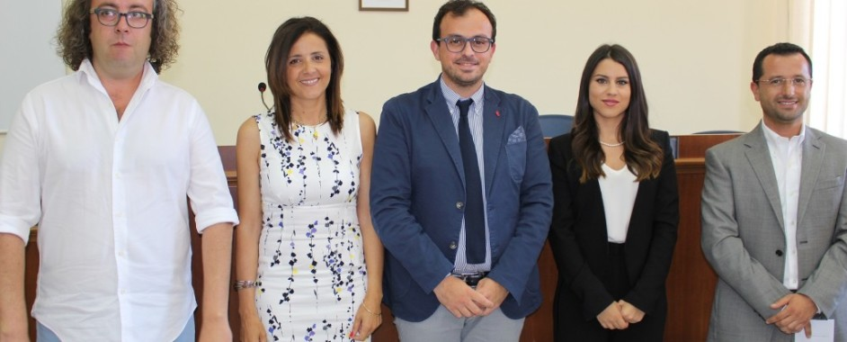 Melilli – Giuramento per la prima giunta del sindaco Carta: 4 giovani alla ricerca di esperienza in politica