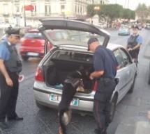 Siracusa: Controlli a tappeto dei carabinieri con diversi mezzi; eseguiti tre arresti; elevate multe e denunce anche per irregolarità nel commercio.