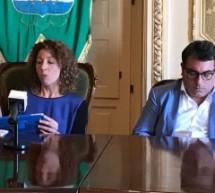 """Augusta – La sindaca Di Pietro annuncia: """"risanamento completato"""" e l'amministrazione M5S potrà spendere. L'assessore Canto illustra (al meet up) un bilancio comunale ancora non inviato in commissione"""