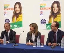 Siracusa – Stefano Parisi a sostegno della candidatura di Cetty Vinci. L'obiettivo vero è la vittoria di Nello Musumeci alla Presidenza.