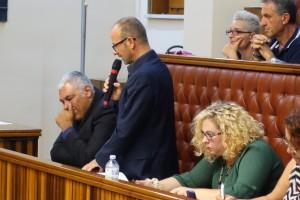 Roberto Casuccio parla in consiglio