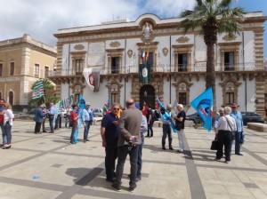 Protesta sindacale per mantenere la sede Inps