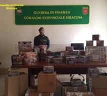 """Siracusa – Colpo grosso delle fiamme gialle: Sequestrati 400 kg di """"botti"""" illegali."""