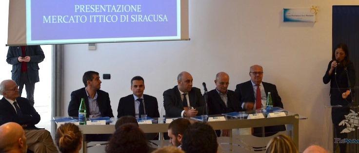 La conferenza stampa per la presentazione della rinascita del mercato ittico