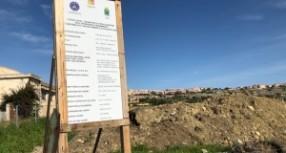 """Augusta – L'Enpa denuncia il Comune per """"animalicidio"""" delle mucche alla diossina: """"Abbattute senza necessità"""". Intanto la maggioranza M5s stila il decalogo all'opposizione per votarle le mozioni amianto"""
