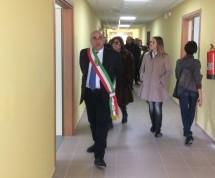Siracusa – Inaugurata la scuola di via Calatabiano. Consegnata all'Istituto Archia mentre si pensa a riorganizzare i plessi scolastici.