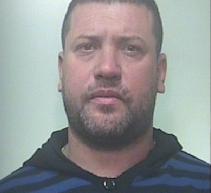 Francofonte – Arrestato in flagranza mentre smontava pezzi ad auto rubata poco prima. Noto- Guidava ubriaco: pena residua ai domiciliari.