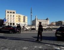 """Siracusa: Il calendario dei carabinieri """"fantasy"""" consegnato a giovani studenti; Controlli antidroga con 5 segnalazioni."""