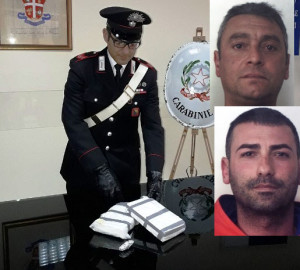 Lo stupefacente sequestrato a Giuseppe De Leo (in alto) e Salvatore Di Fede (in basso)