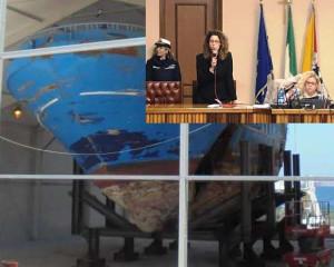 Il Barcone della disputa e nel riquadro Cettina Di Pietro  che accetta le proposte dell'opposizione