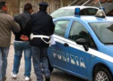 Siracusa – Due giovanissimi arrestati (evasione e furto di auto) e due uomini denunciati per inosservanza agli obblighi.