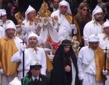 """Augusta – Consiglio convocato durante la processione del Venerdì Santo e l'opposizione insorge. Di Mare: """"Calpestata la devozione più sentita, il M5s ha perso il contatto con la città"""""""