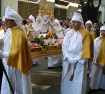 Augusta – Alla Tari aggiunge i costi di costruzione, la giunta M5s alza l'asticella dopo le polemiche sul Consiglio fatto il Venerdì Santo. Il vescovo però tace sulla seduta durante il Cristo Morto