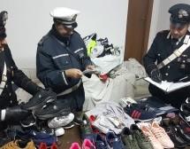 Siracusa: Carabinieri e VV.UU. contrastano l'abusivismo commerciale; Controlli a tappeto per le festività; Bambina di 8 anni chiama i militari per serdare lite dei genitori.