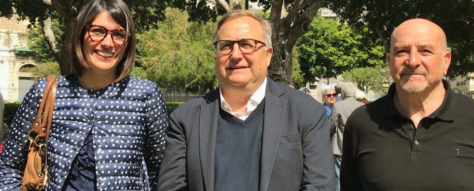 Siracusa – Fabio Moschella ha creato la sua coalizione di sostegno  compreso il PD e Foti. La lista Udc corre in conto proprio.