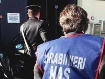 Pachino- Rompe il naso alla ex fidanzata: Arrestato dai Carabinieri. Priolo – I Nas chiudono camera mortuaria di una agenzia funebre.
