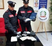 Siracusa – 2 spacciatori arresti in flagranza; 2 case di riposo contravvenzionate per troppi ospiti e mancato piano haccp. Carlentini: Un arrestato e 6 denunciati per una rissa.