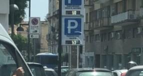 Siracusa – 2 nuovi pannelli informativi per i posteggi in Ortigia
