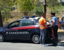 Siracusa – Centinaia di controlli dei Carabinieri per il ponte del 1°maggio, nel mirino parcheggiatori abusivi e un arresto per evasione. Avola – Un arresto per droga e 2 denunce.
