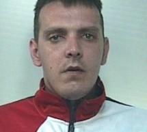 Avola, 35enne evade dai domiciliari: i Carabinieri lo arrestano; Al Pronto Soccorso di Avola aggredisce medici e guardia giurata: 37enne arrestato