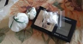 Siracusa. 66 dosi di cocaina rinvenute a casa di una donna: La Polizia l'arresta;Siracusa: 52 enne arrestato per reato di tentata estorsione; denunciato giovane floridiano  per reato di porto illegale d'armi;Avola.Controlli amministrativi: Sanzioni  per  un ristorante – pizzeria; denunciato un complice per il  ferimento di una persona con un colpo di arma da fuoco