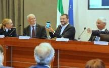 """Roma: Matteo Salvini presenta """"Mercurio App"""", il social della sicurezza"""