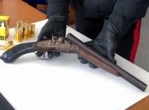 Rosolini (SR) – Trovato con un fucile a canne mozze in casa: 72enne arrestato dai Carabinieri